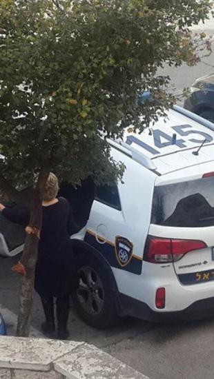 الاحتلال يعتقل الروائية المقدسية خالدة غوشة