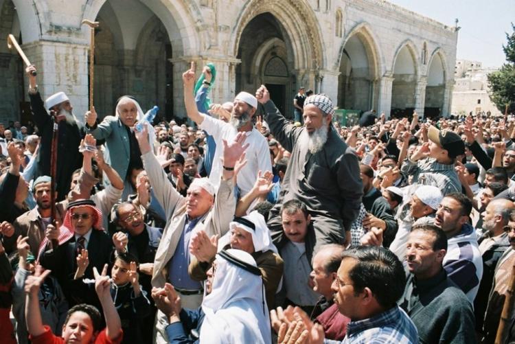حماس تدعو للرباط بالاقصى في ظل دعوات اقتحامه