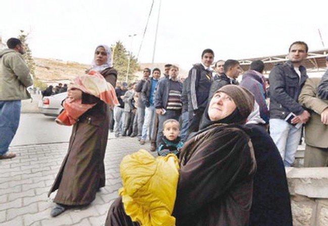 وفد فلسطيني يتوجه لسوريا لبحث أوضاع اللاجئين