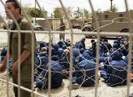 """أسرى عدوان غزة: تعرضنا لتعذيب وتنكيل """"لا يوصف"""" لحظة الاعتقال"""