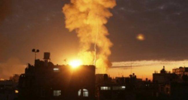 طائرات الاحتلال تقصف برجا للمقاومة وسط القطاع