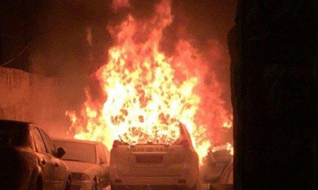 حرق مركبة للمستوطنين دخلت رام الله