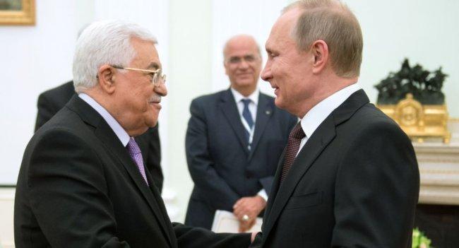 عباس يدعو المسلمين في روسيا لشد الرحال للقدس