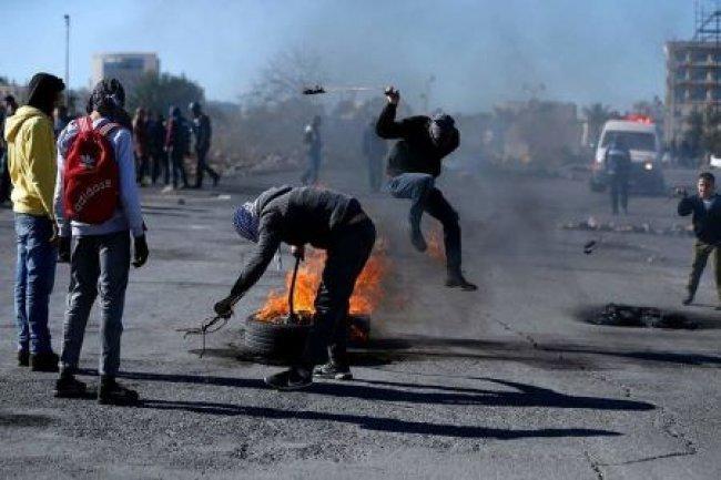 """""""التربية"""": إصابة 84 طالباً بنيران الاحتلال على حدود غزة"""