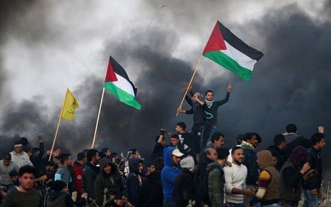 """اصابة 50 مواطنا بالرصاص الحي خلال قمع الاحتلال """"مسيرة النكبة"""" في غزة"""