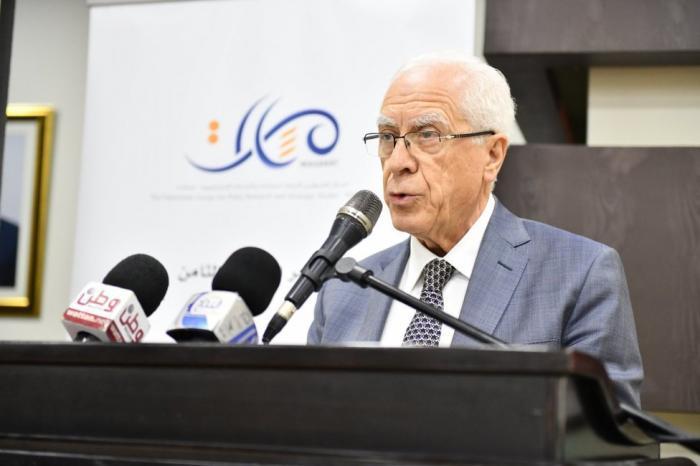 لا بديل عن قيادة وطنية موحدة لوقف كل هذا الانهيار في الموقف الفلسطيني