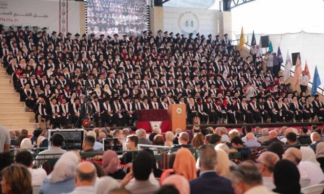 الاحتلال يحاصر الجامعات الفلسطينية بطرد المحاضرين الأجانب