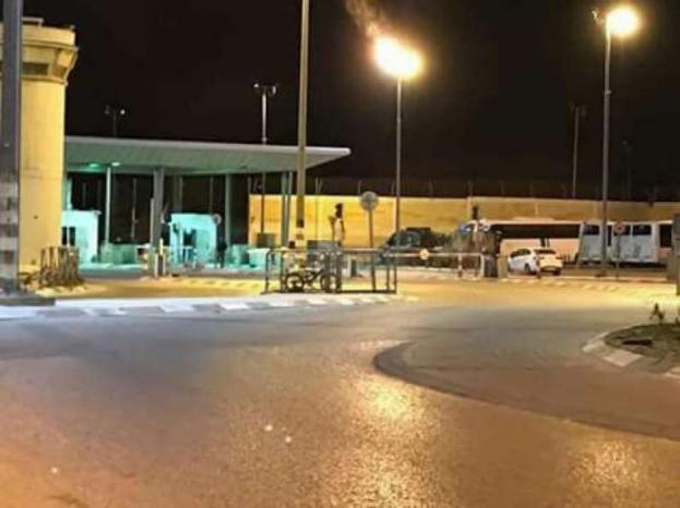 الاحتلال يغلق حاجزي بيت اكسا وقلنديا