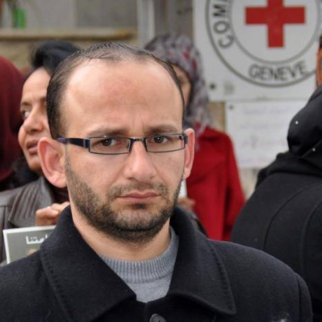 والدة سامي الساعي لوطن: ابني يتعرض للتعذيب في سجن اريحا