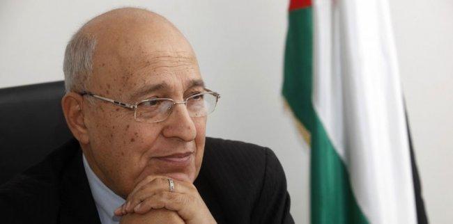 شعث: على العرب اتخاذ إجراءات صارمة ضد الدول التي تنقل سفاراتها الى القدس
