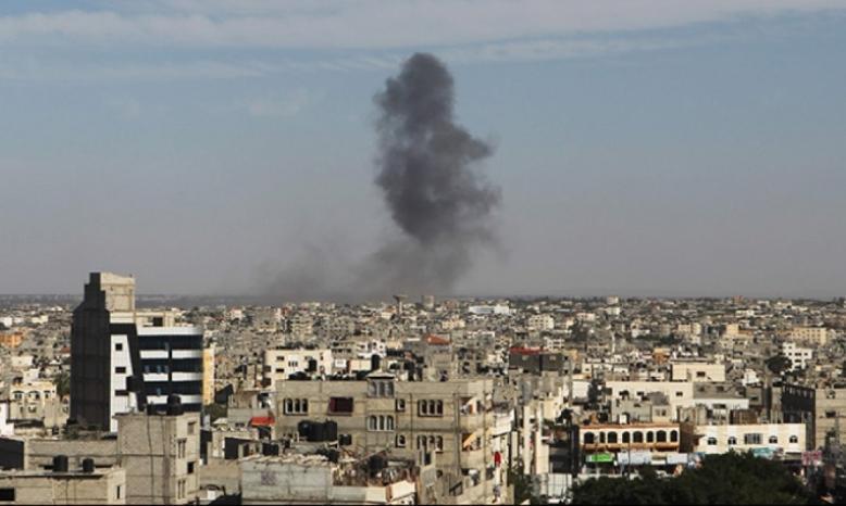 قصف مدفعي لنقطة لمراصد المقاومة شرق خانيونس وإطلاق نار على آلية للاحتلال