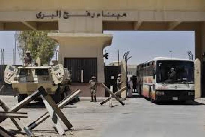 مصر تقرر فتح معبر رفح ثلاثة أيام اسبوعياً بدءًا من منتصف ديسمبر