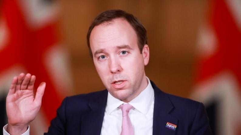 وزير الصحة البريطاني: فعالية لقاحات كورونا قد تنخفض بـ50 بالمئة أمام سلالة جنوب إفريقيا