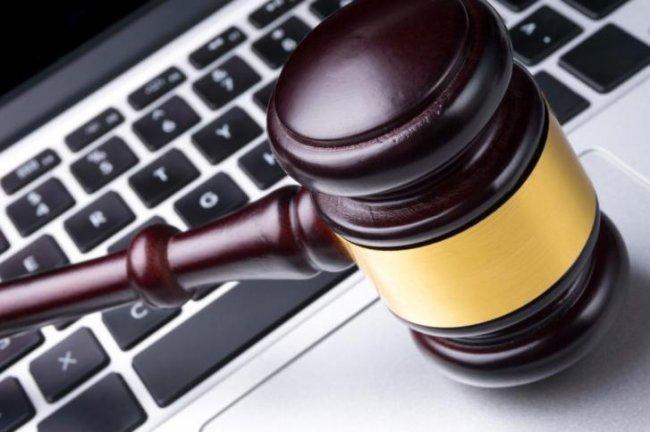 إجماع الصحفيين والحقوقيين على رفض قانون الجرائم الالكترونية.. يحوّل فلسطين لدولة بوليسية