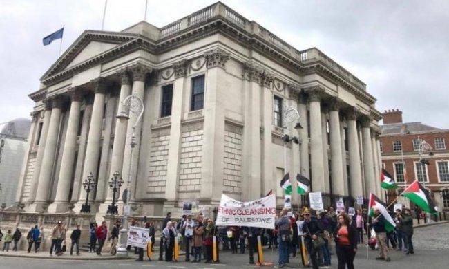 البرغوثي لوطن: البرلمان الايرلندي يصوت على مشروع قانون يحرم استيراد بضائع المستوطنات