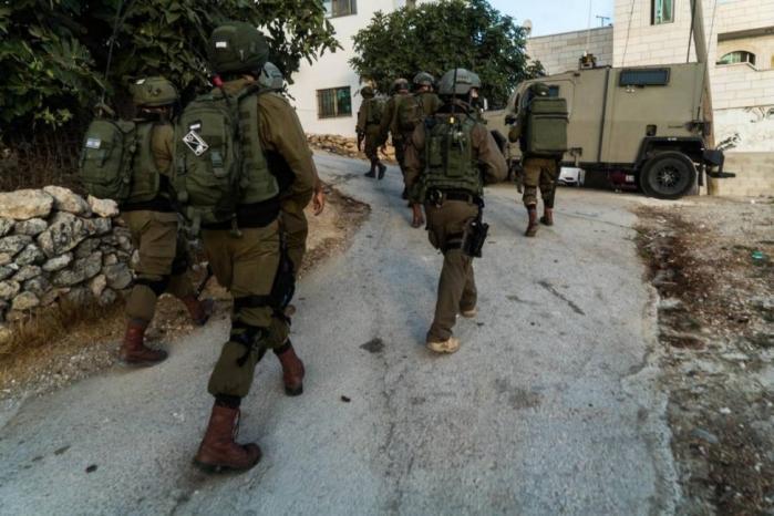 جيش الاحتلال يعلن العثور على عبوات جاهزة للتفجير شرق رام الله