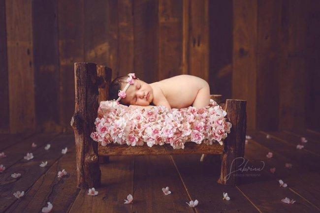 مولودك الجديد بعدسة المصورة المتخصصة صابرين