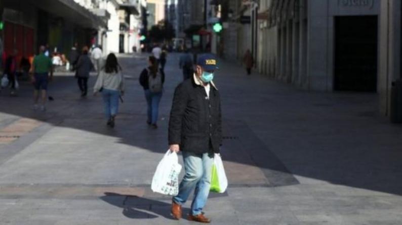 إسبانيا تسجل أعلى زيادة يومية بإصابات كورونا