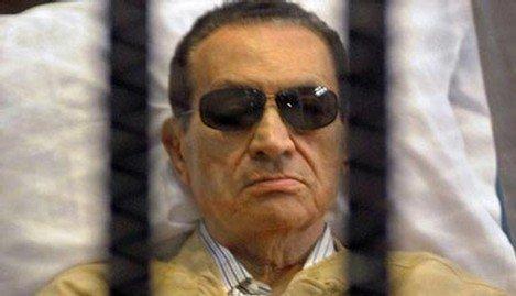 الحكم باخلاء سبيل مبارك في قضية فساد