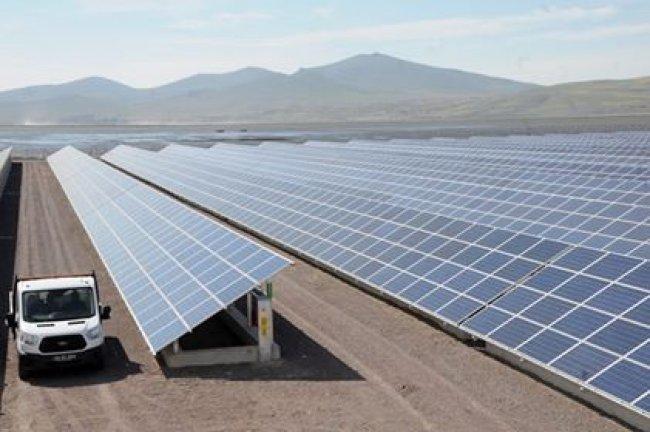 الأردن في 2021 ستنتج 2700 ميجاواط كهرباء من الطاقة المتجددة