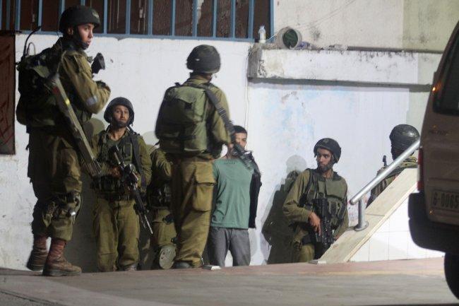 الاحتلال يغلق مداخل حي جبل الزيتون في القدس