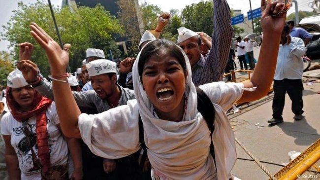 2 من كل 5 نساء منتحرات هن هنديات... ما السبب؟