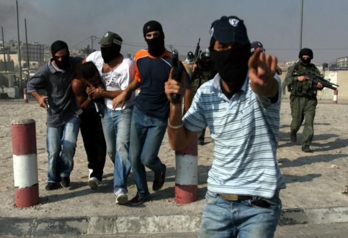 مستعربون يختطفون مواطنا من مخيم الدهيشة جنوب بيت لحم