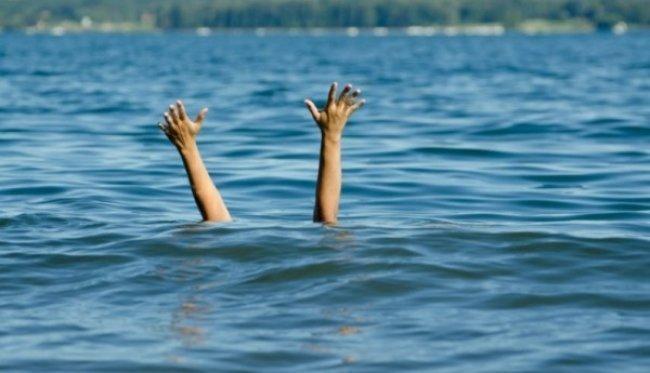مصرع الطفل يزن صافي غرقاً في بحر خان يونس