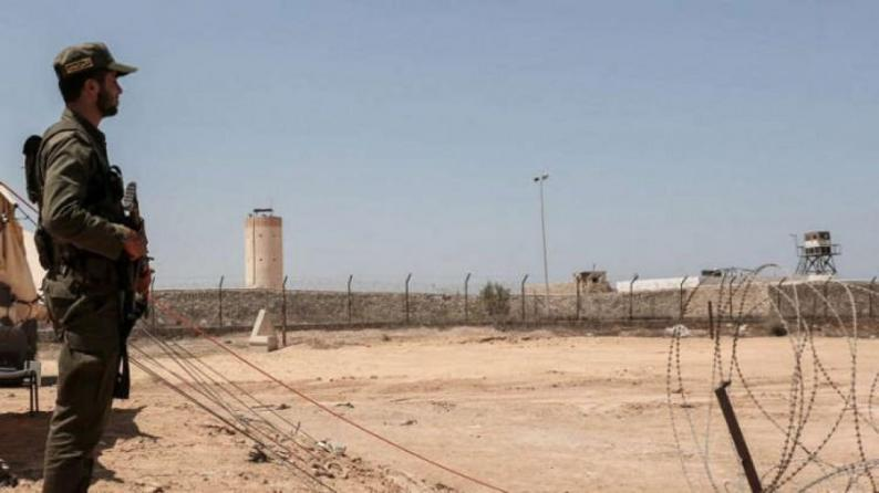 """""""داخلية غزة"""": إحباط تسلل 3 مسلحين إلى سيناء واعتقالهم بعد الاشتباك معهم"""
