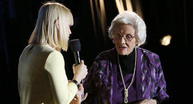 وفاة أكبر ممثلة في هوليوود بالولايات المتحدة