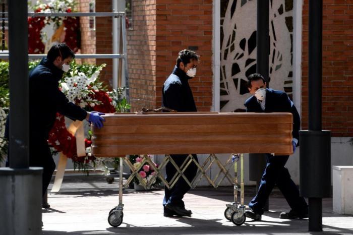 إسبانيا تتخطى الصين في وفيات فيروس كورونا وتلاحق إيطاليا