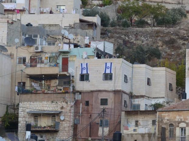 الجبهة الشعبيّة تدعو إلى شن حرب ضد المتورطين في عمليات تسريب الأراضي والمباني للاحتلال