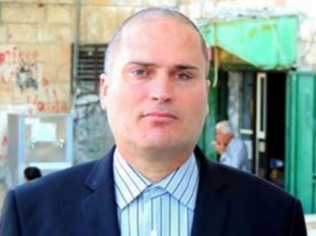 """الاحتلال يشترط إغلاق صفحة """"فيسبوك"""" مقابل الافراج"""