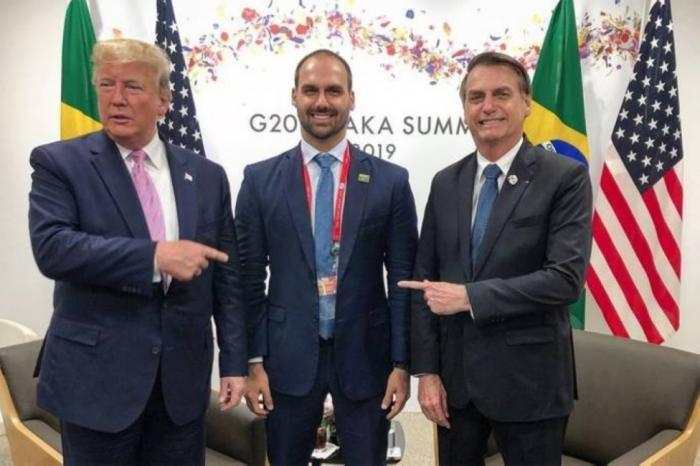 """الخارجية تستدعي سفير البرازيل للاحتجاج على زيارة نجل رئيس البرازيل مستوطنة """"بسجوت"""""""