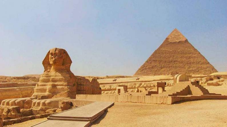 مؤرخ روسي يرد على إيلون ماسك: المصريون القدماء بنوا الأهرامات ولدينا أدلة على ذلك