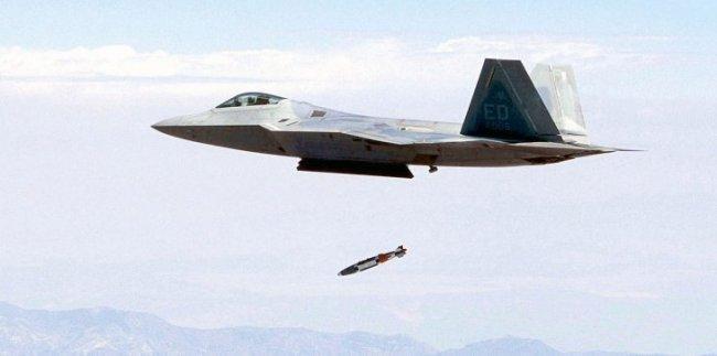 إسبانيا تقرر تسليم السعودية 400 قنبلة مسيرة بالليزر