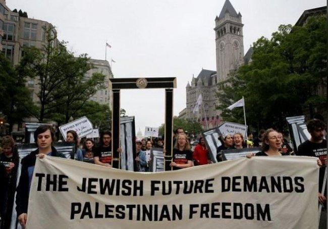 غالبية اليهود الأمريكيين يعارضون نقل السفارة الى القدس