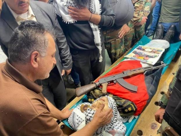 تشييع جثمان الشهيد أدهم عليوي في نابلس