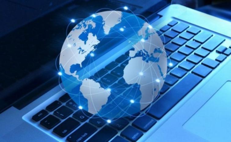 وزارة الاتصالات تدرس تأسيس شبكة انترنت فائق السرعة