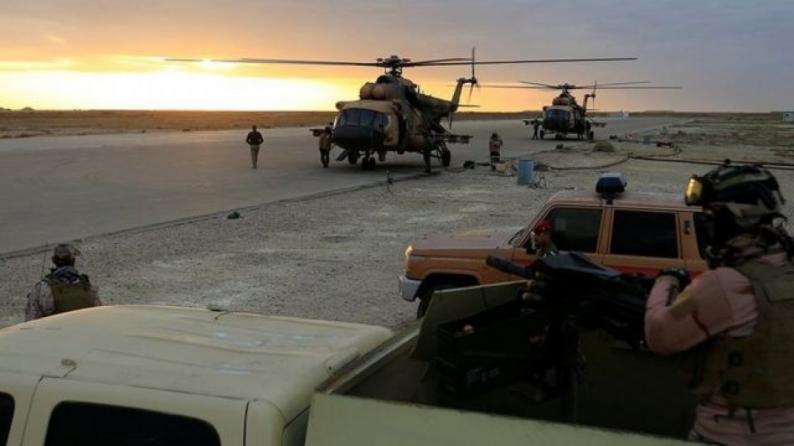"""استهداف قاعدة """"عين الأسد"""" التي تتواجد فيها قوات أمريكية في العراق بمجموعة صواريخ"""