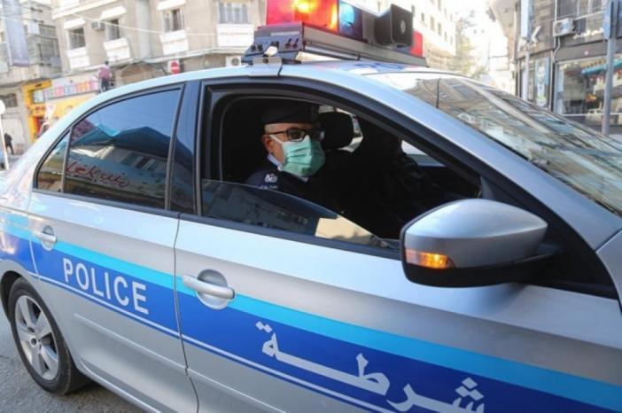 الشرطة: توقيف مواطن بغزة حاول إيذاء نفسه ومصوّر شجعه