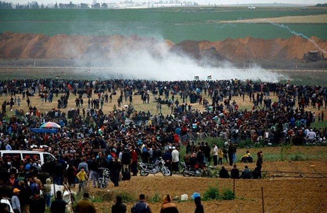 """المواطنون في قطاع غزة يستعدون لجمعة """"صمودنا سيكسر الحصار"""""""