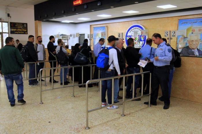 35 ألف مسافر تنقلوا عبر معبر الكرامة وتوقيف 129 مطلوبا الأسبوع الماضي