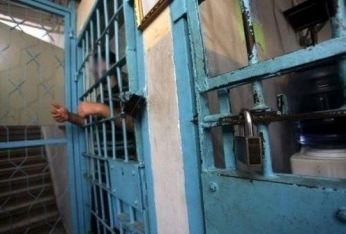 """داخلية غزة: وفاة موقوف في سجن """"الوسطى"""""""