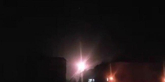 بالفيديو .. الجيش السوري يتصدى لعدوان جوي اسرائيلي على دمشق