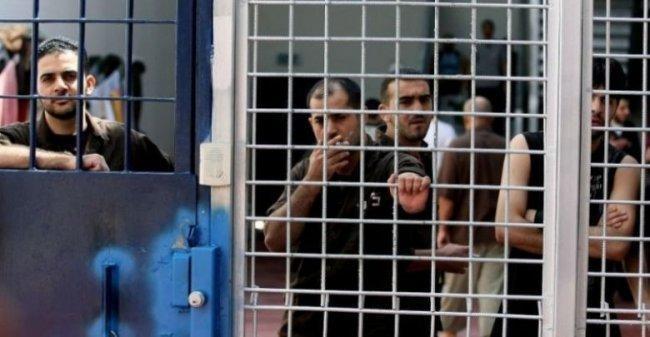 """""""الاداريون"""" مستمرون بمقاطعة محاكم الاحتلال والاضراب الجماعي قريب"""