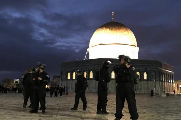 المبادرة الوطنية تدين اعتداءات الاحتلال على المسجد الأقصى