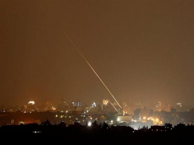 """تقديرات جيش الاحتلال: صاروخا """"تل أبيب"""" تم إطلاقهما بالخطأ"""