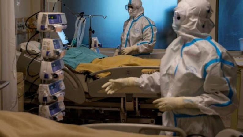 فرنسا: أكثر من ألفي مريض بكورونا في العناية الفائقة