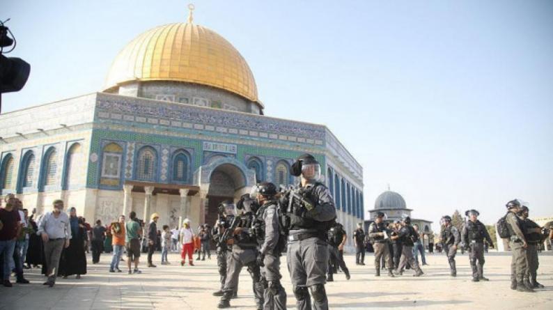 الإعلام: تصاعد في انتهاكات الاحتلال بالقدس والمسجد الأقصى
